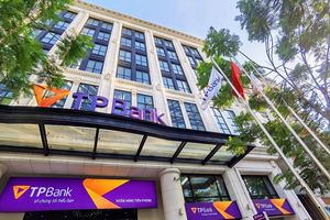Người nhà lãnh đạo TPBank bị xử phạt do không báo cáo dự kiến giao dịch cổ phiếu TPB