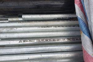 Phát hiện 5 tấn thép có dấu hiệu làm giả nhãn hiệu Hòa Phát tại Bình Dương