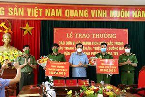 Hà Tĩnh: Trao thưởng cho lực lượng phá thành công chuyên án ma túy lớn