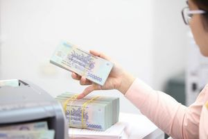 Lãi suất liên ngân hàng giảm trở lại