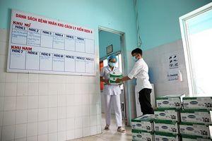 Vinamilk đồng hành tiếp sức cho đội ngũ cán bộ y tế tuyến đầu chống dịch Covid-19