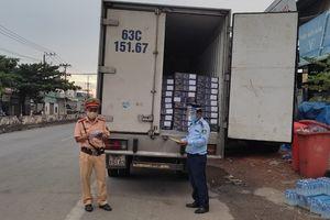 Tiền Giang: Phát hiện 4 tấn đầu cá hồi nhập khẩu vi phạm nhãn