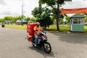 Shopee nỗ lực giao hàng trong tình huống giãn cách tại TP HCM và các khu vực khác trên cả nước