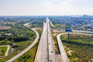 """""""Đi tắt đón đầu"""" theo hạ tầng: Có nên tiếp tục áp dụng chiến lược đầu tư này trong 2021?"""