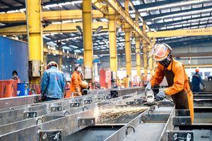 Sản xuất công nghiệp tháng 8 năm 2021 ảnh hưởng nặng nề bởi dịch Covid-19