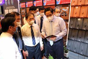 Gốm Đất Việt tham dự 'Hội nghị Đội ngũ Tri thức Khoa học và Công nghệ Việt Nam'