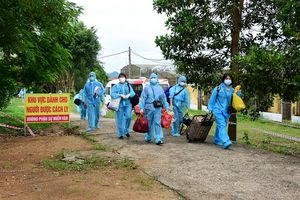 Tuyên Quang: Đón 231 công nhân đầu tiên từ tâm dịch Bắc Giang về địa phương